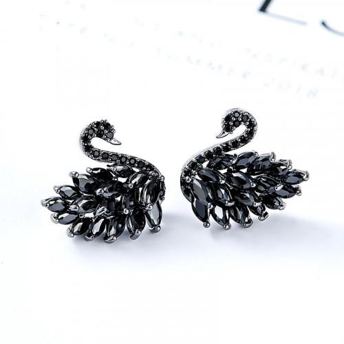 Black Swan Crystle Stud Earrings